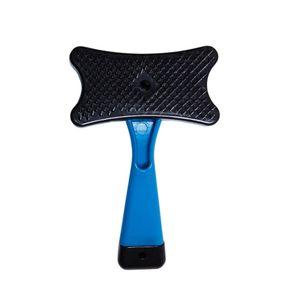 Rasqueadeira-Pratica-Plastica-Azul-HomePet